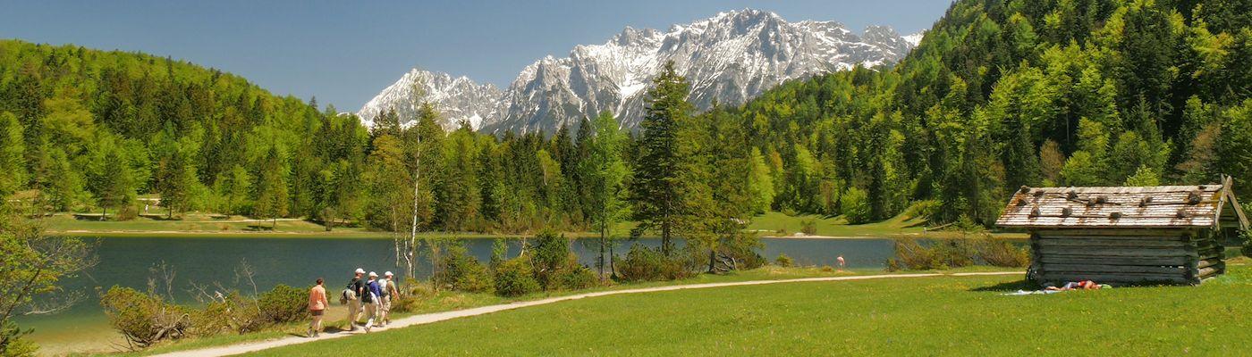 zugspitzregion oberbayern ferienwohnungen ferienhaeuser
