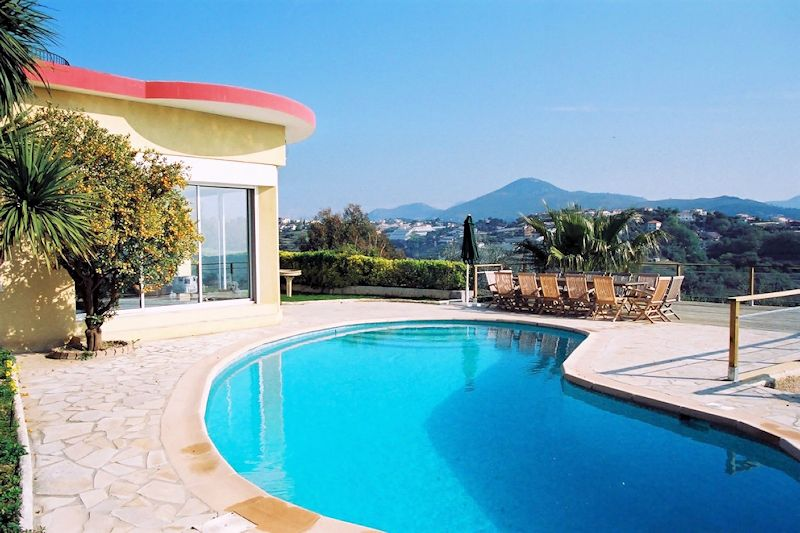 Best Hotels In Nice With Swimming Pool