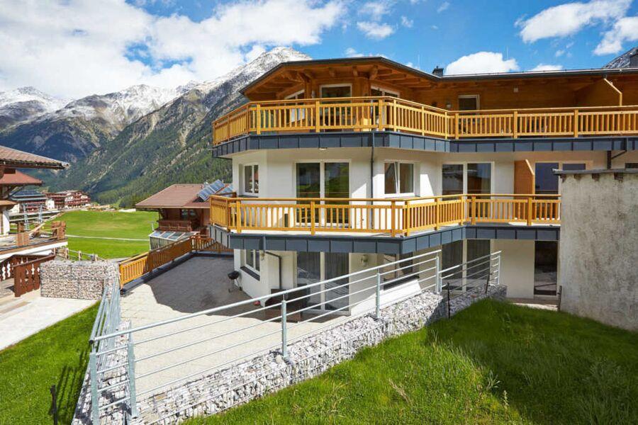 Alpendiamond Appartementhaus - Sommeransicht