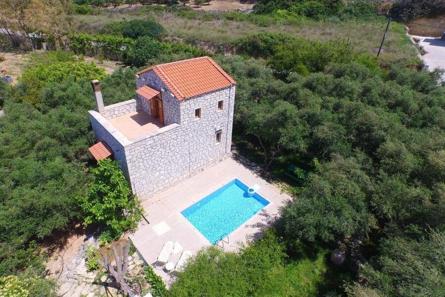Villa mit eigenem Pool