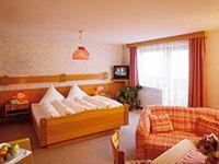 Hotel Sonnalpen, Dreibettzimmer 1 in Damüls - kleines Detailbild