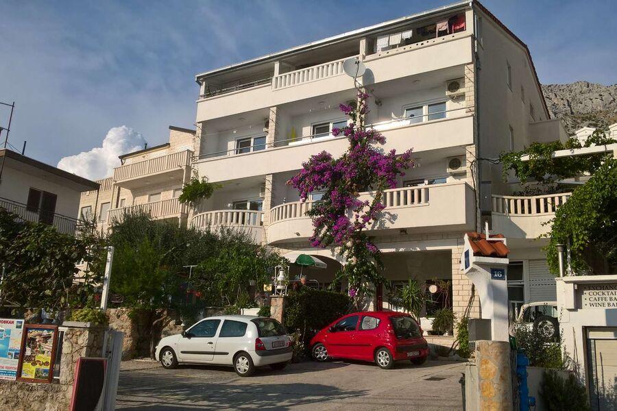 Apartments mit Parkplaetzen