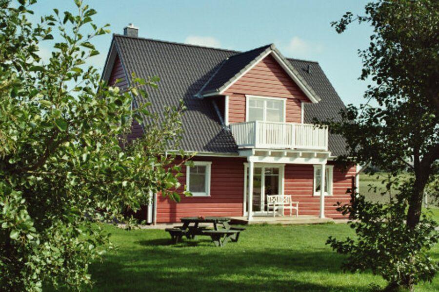 """Das """" Landhaus Butendiek"""" im Juni"""