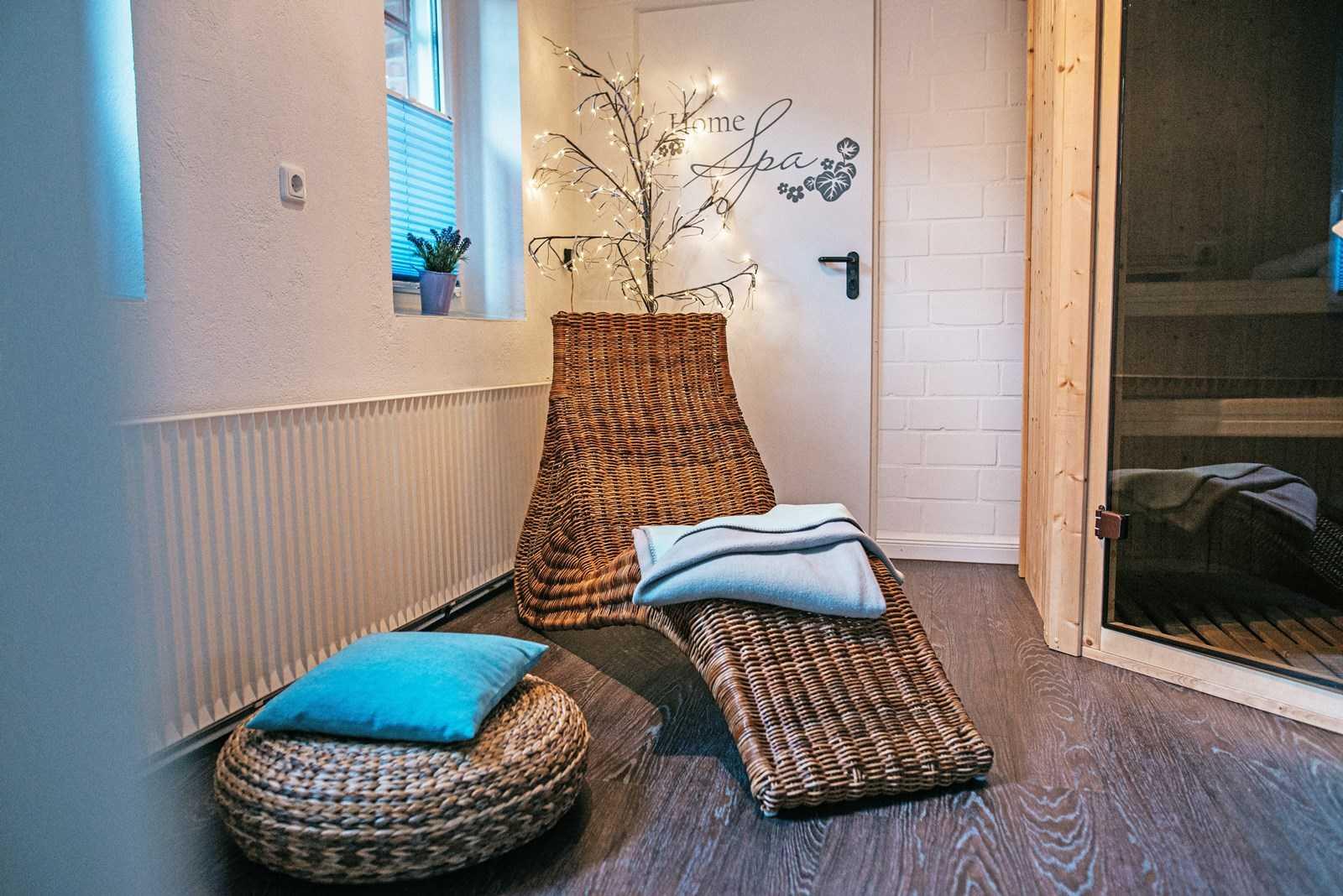 Das Wellnesszimmer, Sauna und Ruheliege