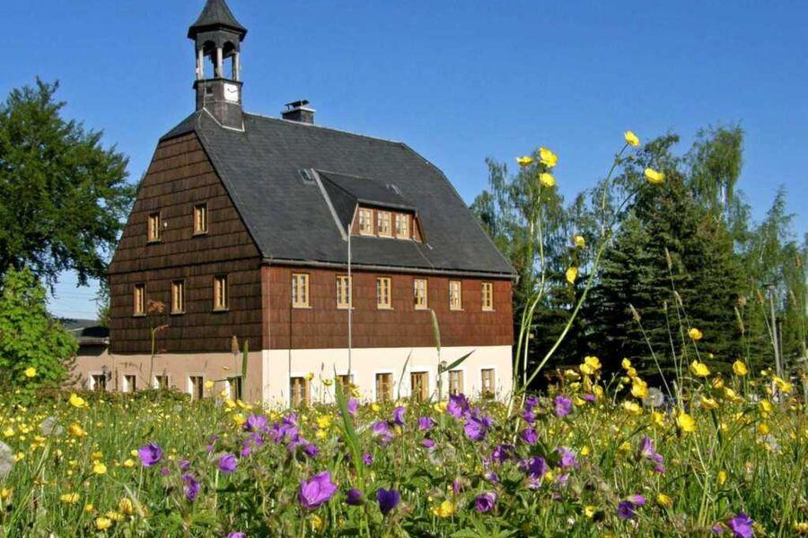 Ferienwohnungen in Neuwernsdorf ERZ 1080, ERZ 1081