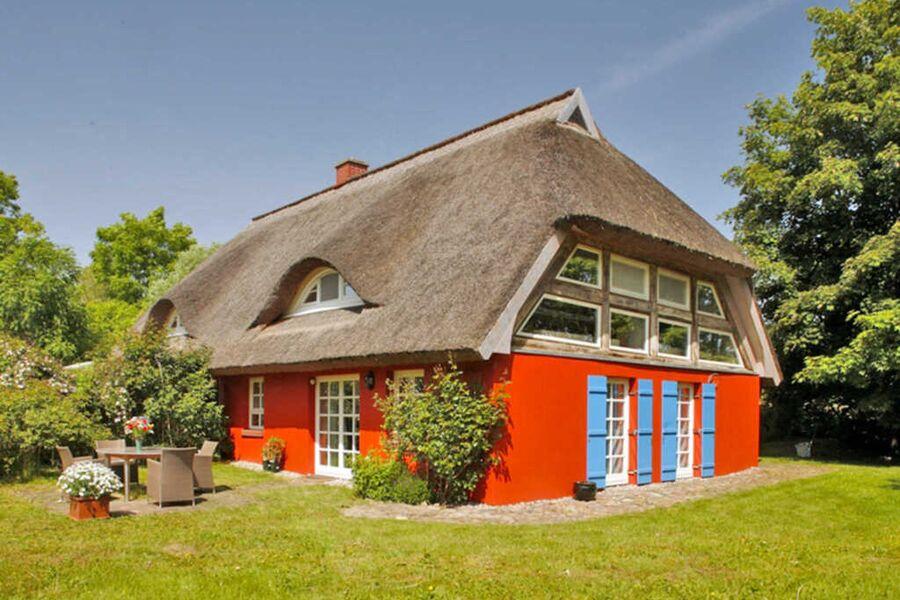 5-Sterne-Ferienhaus mit Reetdach, Ferienhaus