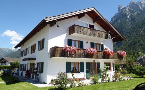 Landhaus Jais - Ferienwohnung Barbara
