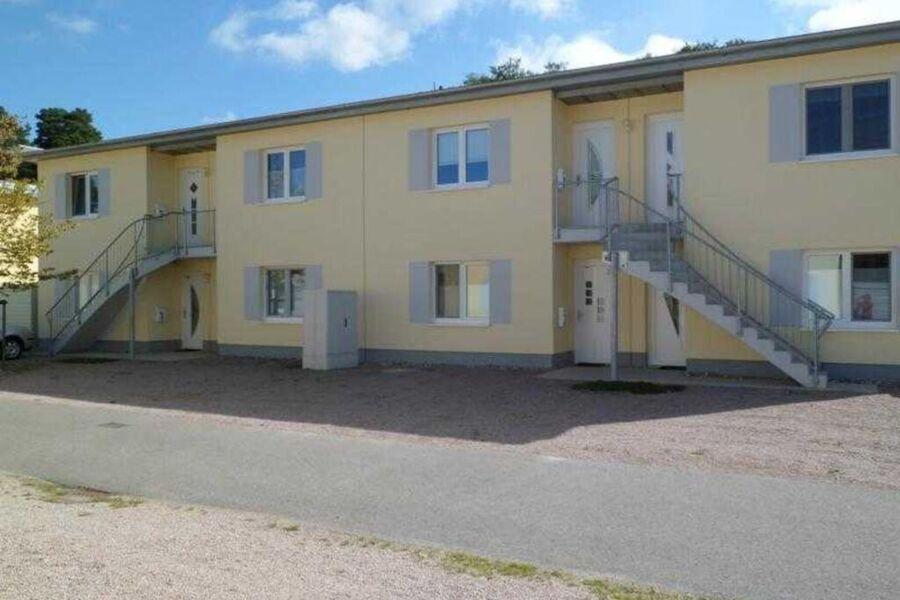 Hauseingang (linke Doppelhaushälfte)