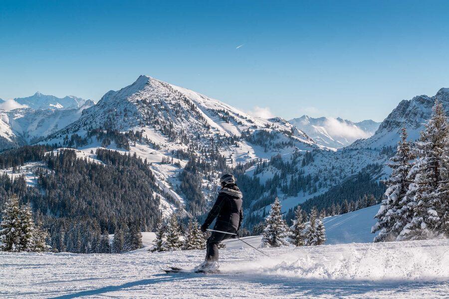 Skifahren im Tannheimer Tal