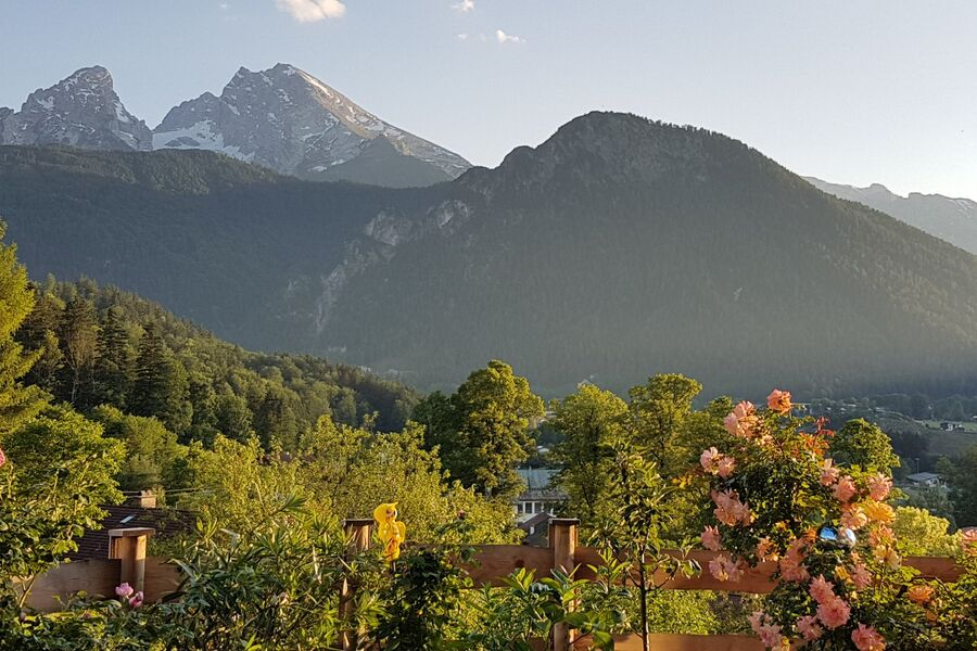 Ihre FeWo mit Terrasse und Bergblick