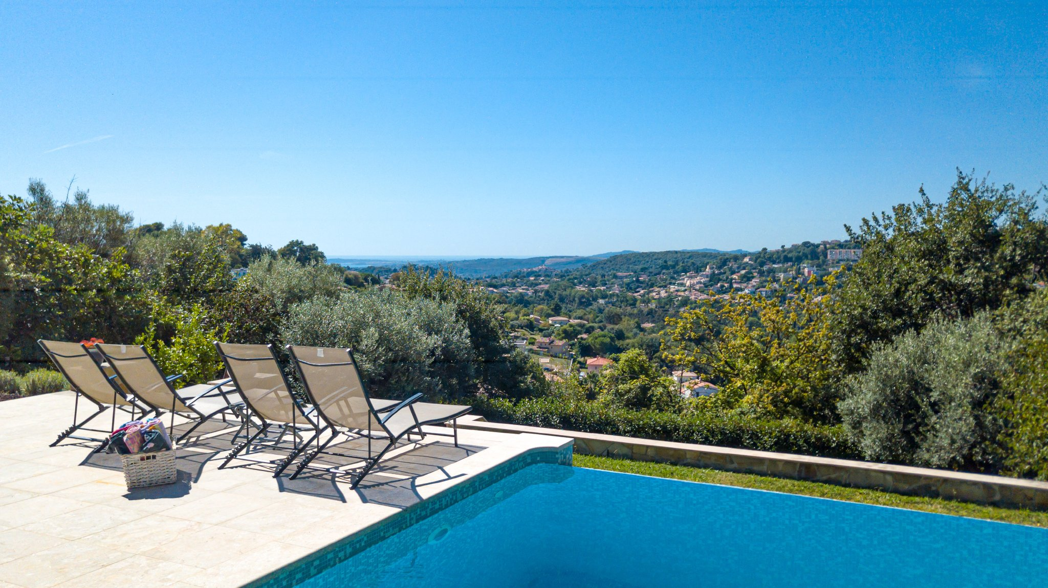 Luxus Villa - Entspannung in Sauna und Pool in Vence Cote d\'Azur
