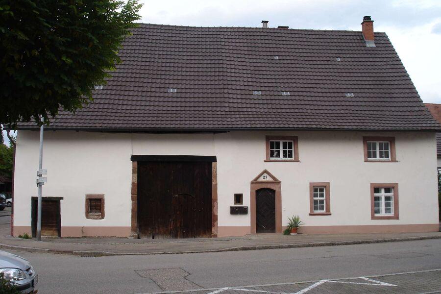 Haus mit Scheune