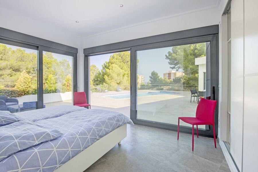 Hauptschlafzimmer, Zugang Poolterrasse