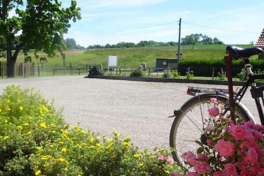 Die Umgebung lädt zu ausgiebigen Radtouren ein.