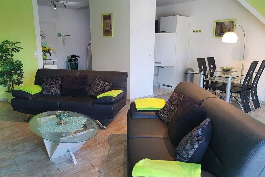 moderner Wohnbereich für 4 Personen
