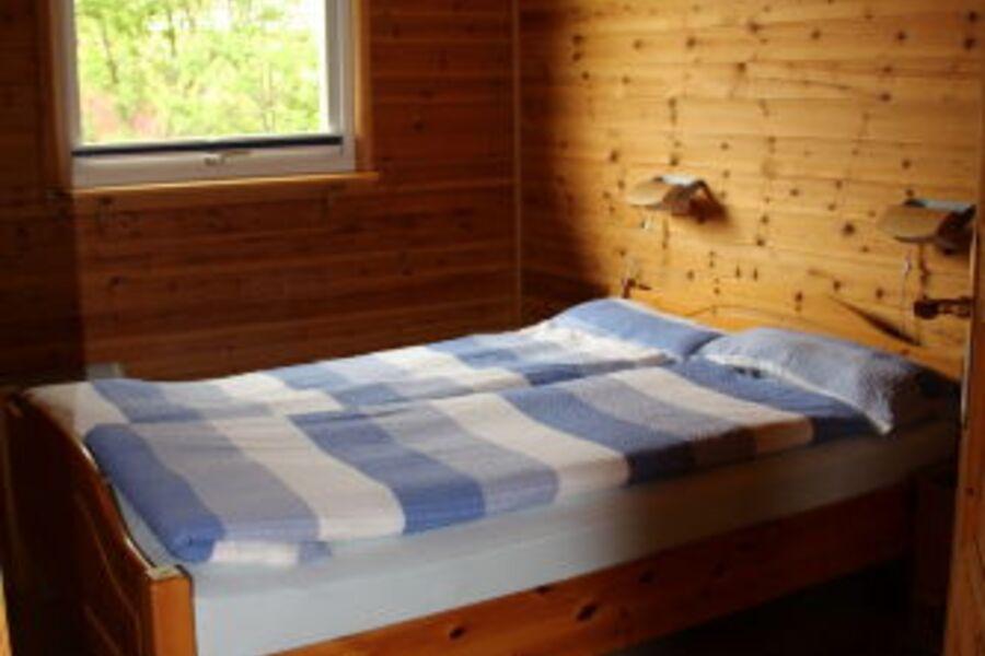 Zimmer unten mit Doppelbett