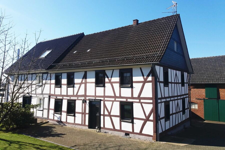 Gräfrath Gästehaus - Gut & Günstig