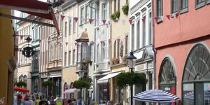 3 wunderschöne Ferienwohnungen mit 2 Schlafzimmer, Ferienwohnung 1, 84 qm, 2 Schlafzimmer, Balkon in Naumburg - kleines Detailbild