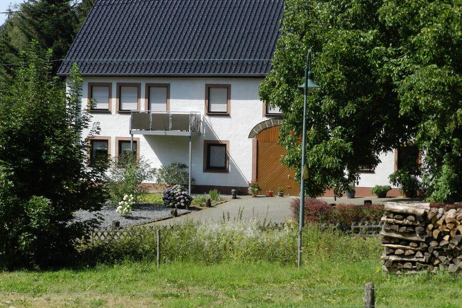 Gartenhaus mit Kinderspielplatz