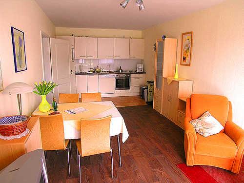 ferienwohnung 39 am kurpark 39 in bad zwischenahn niedersachsen kugelmeier. Black Bedroom Furniture Sets. Home Design Ideas