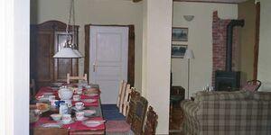 Fachwerkhaus am See zwischen Güstrow und Teterow, Ferienwohnung Gaststube in Gremmelin - kleines Detailbild