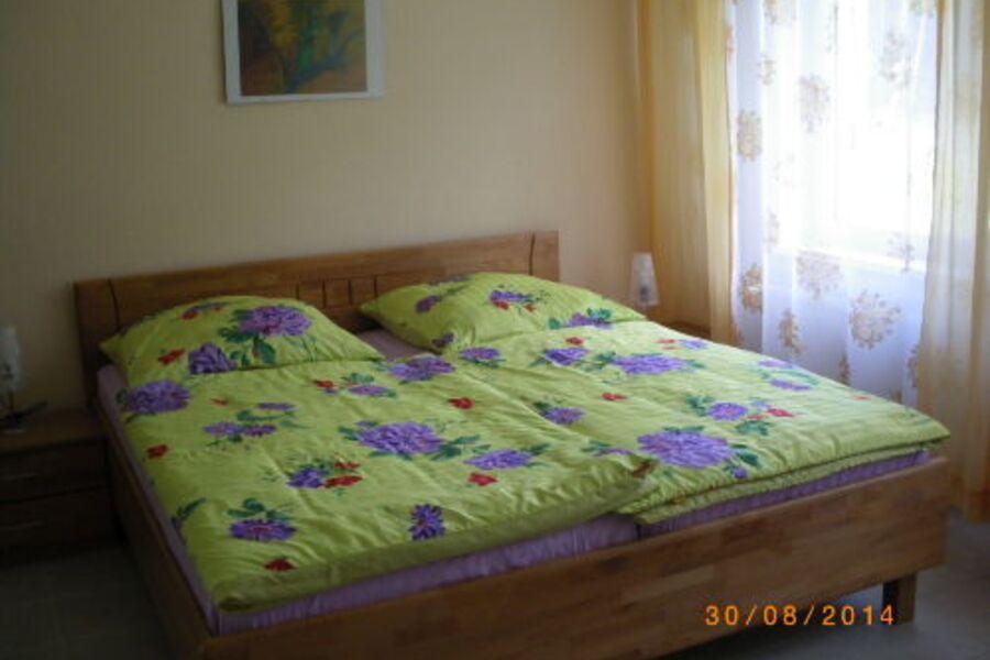 Schlafzimmer FW 2