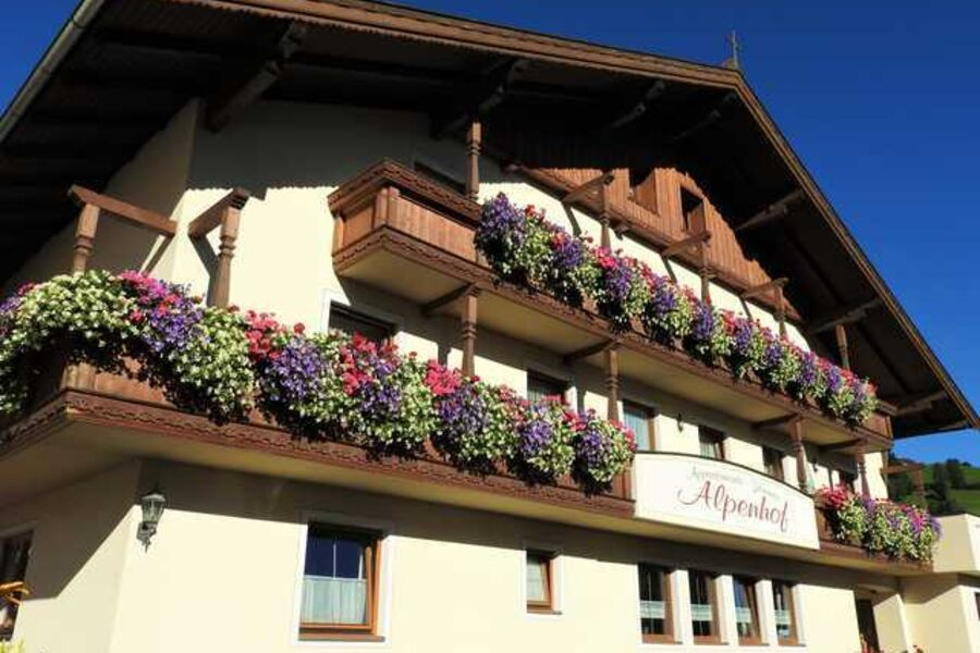 Gartenseite Alpenhof