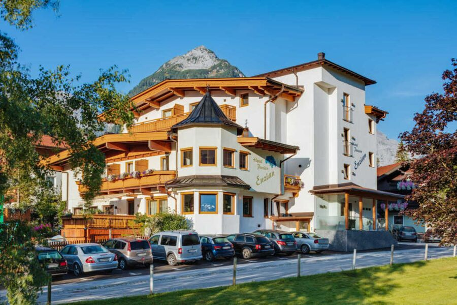 Aussenansicht Hotel Pension Enzian, Pertisau am Ac