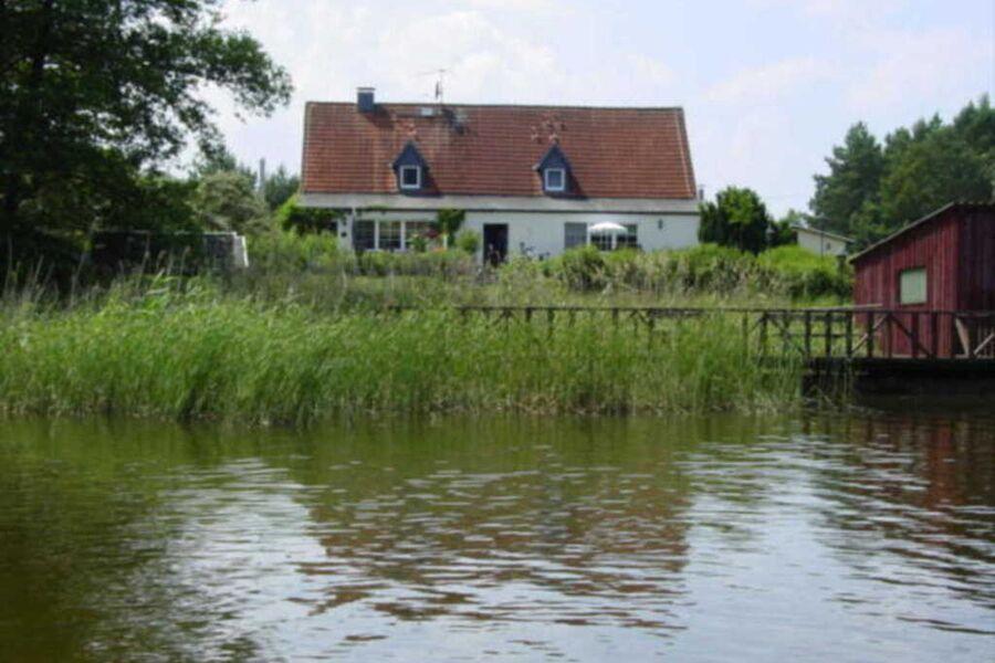 Fischerhaus Pension, Eisvogel (Wohnwagen)