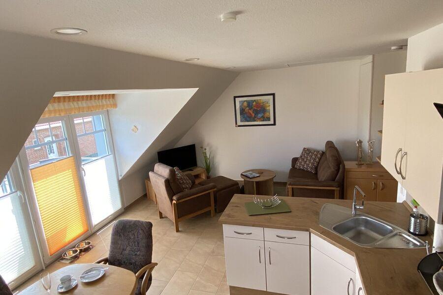 Das Wohnzimmer bietet Platz zum relaxen