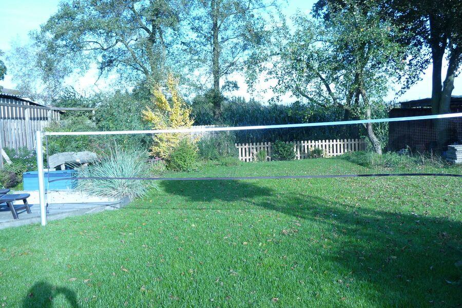 Badmintonspielen im Garten erlaubt