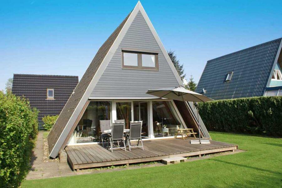 Zeltdachhaus mit W-LAN - strandnah und sonnig