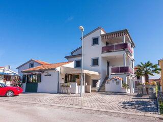 Villa California - Ferienwohnung Carmel in Porec - Kroatien - kleines Detailbild