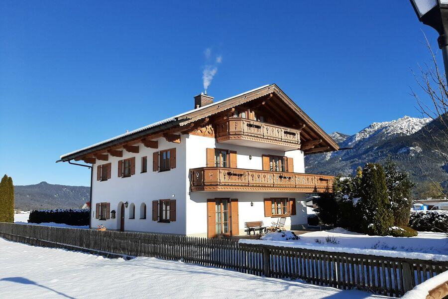 Ansicht Haus im Winter