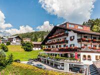 Hotel Habhof, Dreibettzimmer mit Balkon und Aussicht in Mösern - kleines Detailbild