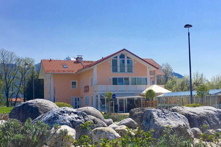 Shania Residence, Luxus- Ferienwohnung mit private