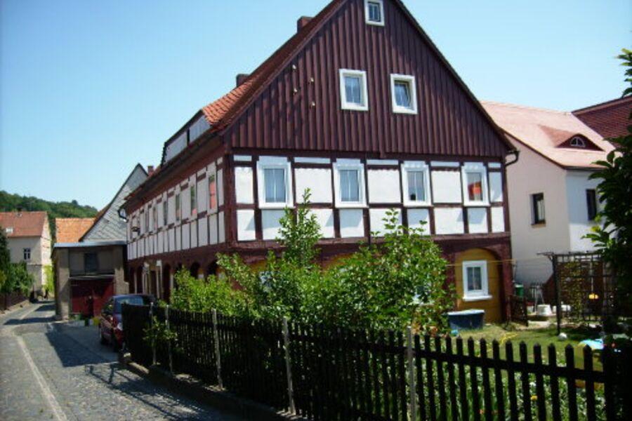 Wohnhaus mit Urlauberwohung 1. Etage