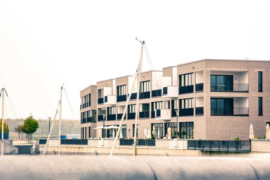 Z1-DAS HAUS Laubengang vor den Wohnungen