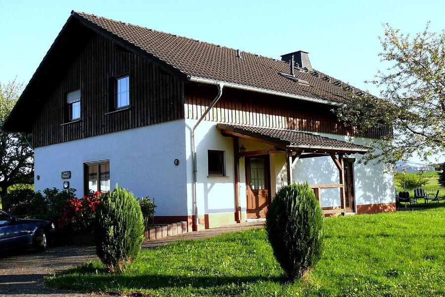Ferienhaus mit Sonnenterrassen