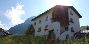 Berghof Balluner, Zweibettzmmer B 1 in Galtür - kleines Detailbild
