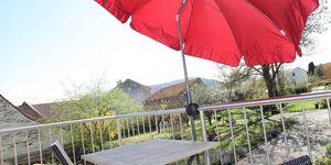 Ferienwohnung Tasch - Wohnung 2 mit Balkon und Schwanbergblick in Rödelsee - kleines Detailbild