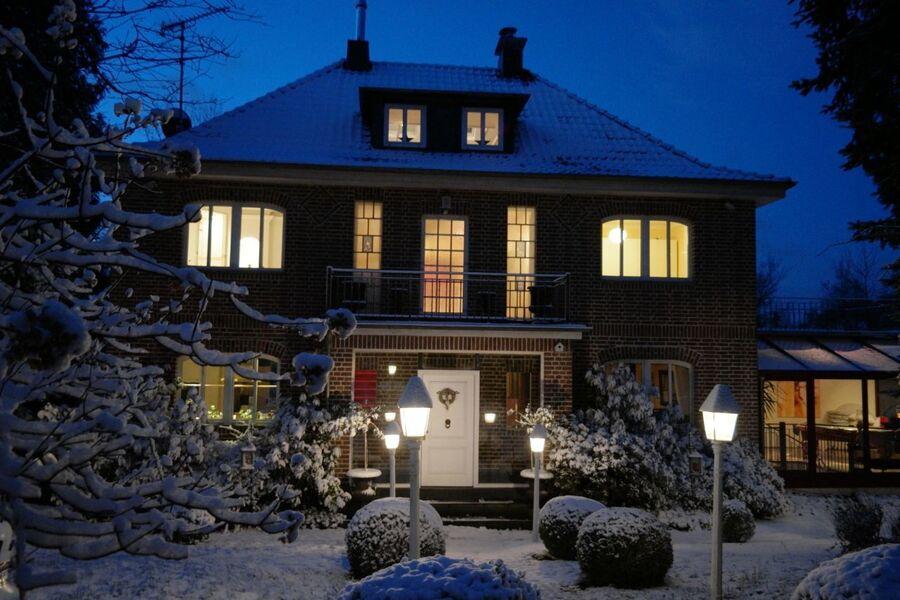 Wintervilla