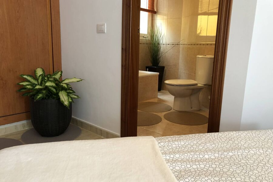 Direkter Zugang zum Badezimmer 2
