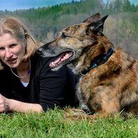 Vermieter: Verena Höhberger mit Merlin