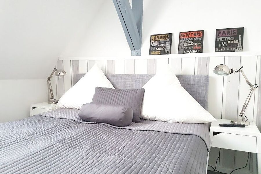 Schlafzimmer im 2. OG