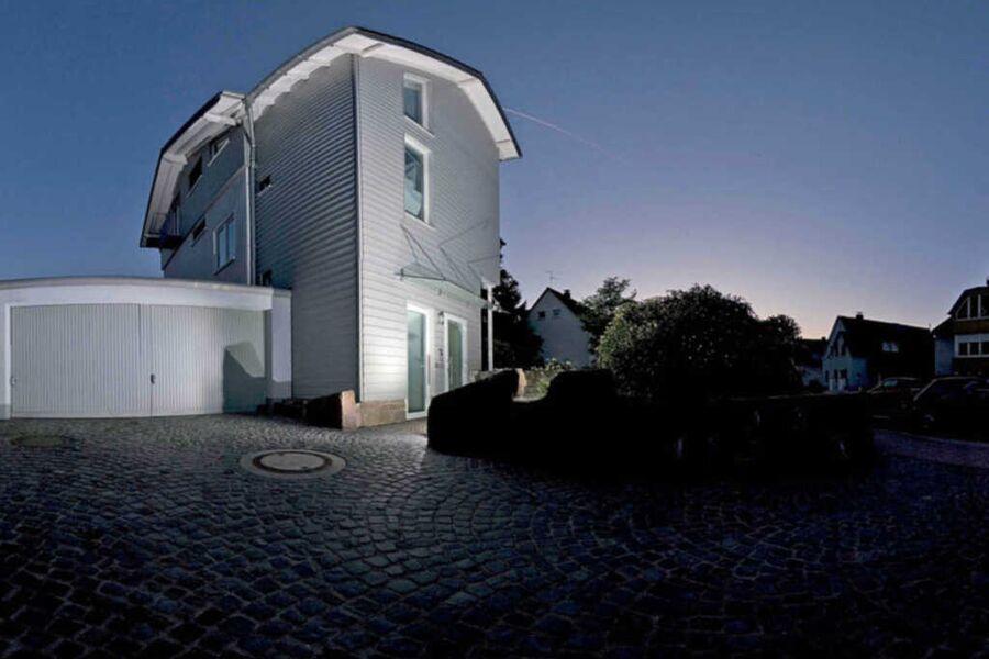 Lichtdurchfluteter Wohntraum in Bergisch Gladbach,