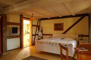 Gästezimmer OG (30m²) mit Blick zum Bad