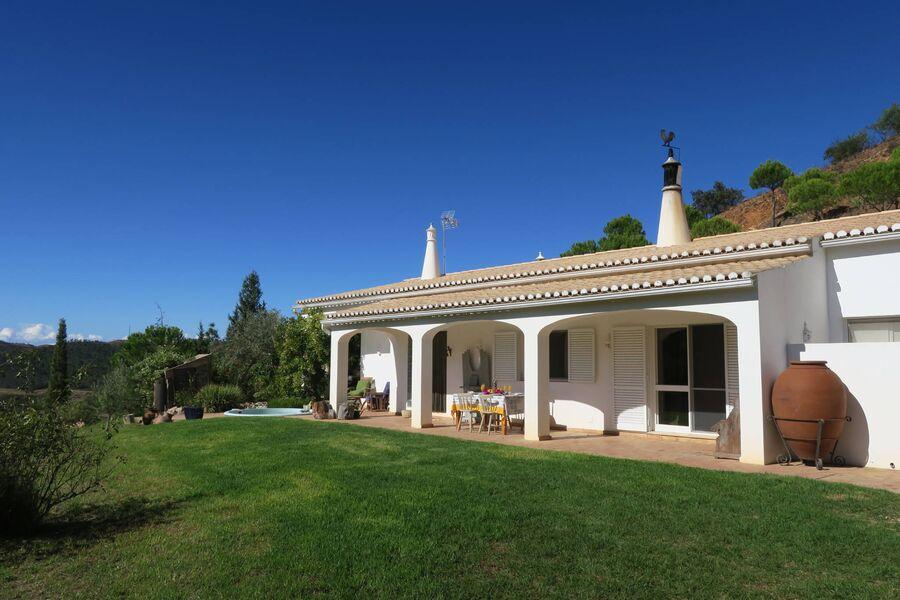 Ihre Casa Arizanga oben auf dem Hügel