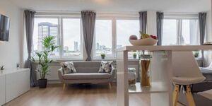 Business Apartment mit Blick auf die Skyline von Essen in Essen - kleines Detailbild