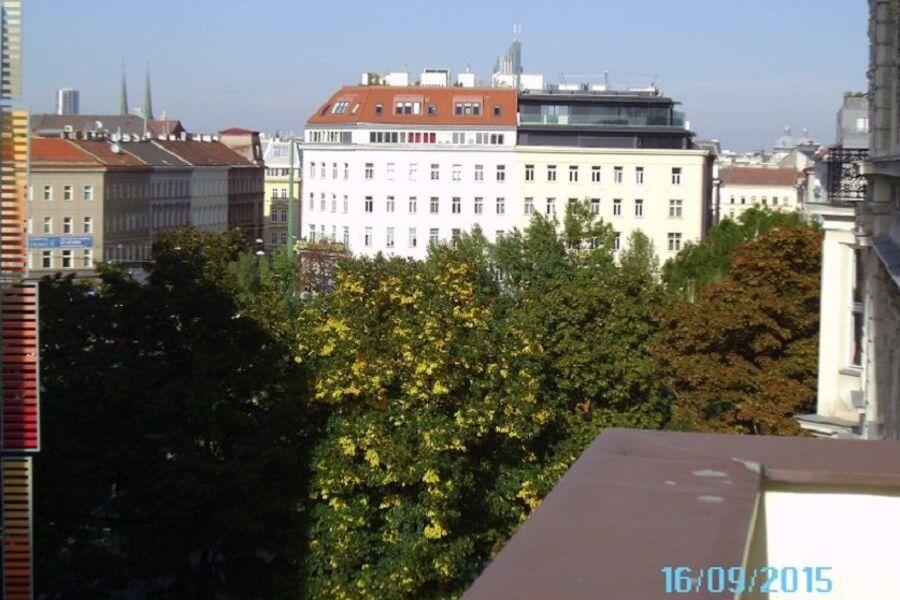 Blick zum Donaukanal nach Osten